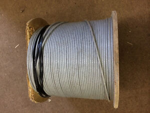 Aircraft cable (plastic covered)