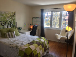 2 bedrooms-summer sublet-female student/young professional