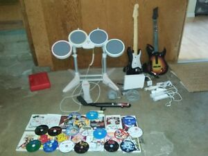Complete Wii - 11 Accessories and 30 games