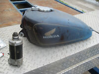 ASSORTED OLDER HONDA AND YAM M/C PARTS