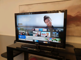 """Samsung 40"""" Full HD 1080p Slim LCD TV with Freeview Built-In"""