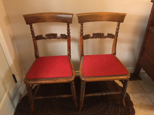 2 Vintage Side Chairs