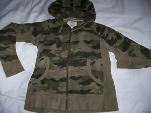 Old Navy camouflage hoodie