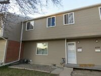 4108 Castle Rd - Walk to the University