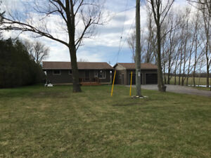 1/2 Acre Country Bungalow in Byng