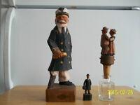 Antiquité: personnages en bois