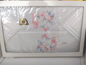 Beautiful Hand Embroidered Linens Imported from Italy-REDUCED! Kitchener / Waterloo Kitchener Area image 5