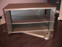 Turnable TV Stand