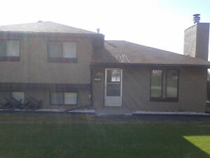 House for Sale in Elkford