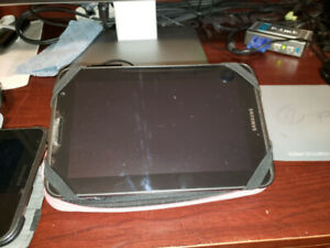 samsung Galaxy Tab 2 7.0 tablette clean & good working condition