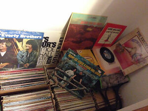 MAKE ME AN OFFER - More than 500 Records for sale