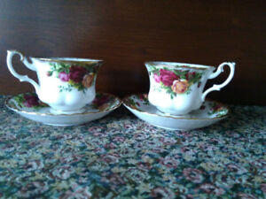 Old Country Roses Vintage Tea Cups