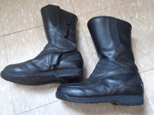 Teknic girls motorcycle boots  black leather size 7