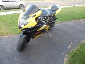 2005 Suzuki GSXR 1000