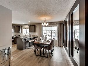 Skyview NEW Double Car Garage TOWNHOUSE