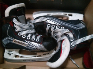 Bauer size 11 youth skates