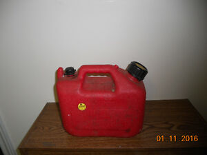 TWO (2)  1 GAL. GAS CANS $5.00 EACH London Ontario image 1
