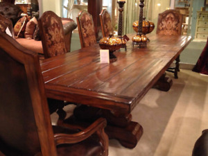 Majorica Table En Bois Solid-Woodtop Dining Table with Extension