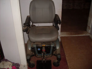 Wheelchair-Quantum 600 Electric-OPEN TO OFFERS