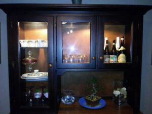 Maple Hutch Display Cabinet Solid wood
