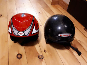 Ski helmets. Size XS and S with goggle strap.
