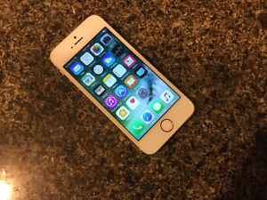 iphone 5S (Gold) with Rogers