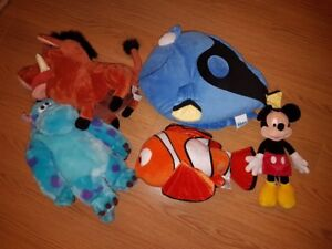 Toutou Disney Pixar Plush soft toys Neuf / NEW