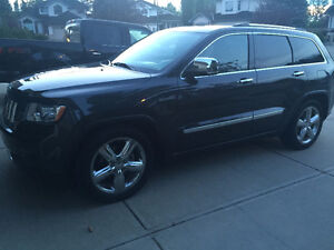 2011 Jeep Grand Cherokee Overland SUV, Crossover No dealers