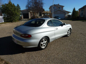 1999 Hyundai Tiburon Coupe (2 door)