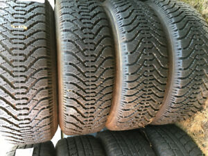GOOD YEAR NORDIC WINTER/SNOW TIRES 215-70R15