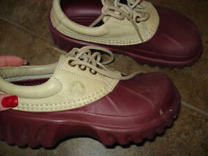 Rain Crocs Shoes size 4 youth or size 6 Women