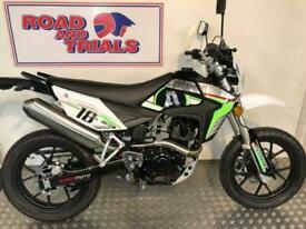 NEW 2021 Sinnis Apache SM 125 Fourstroke Supermoto Black and Green