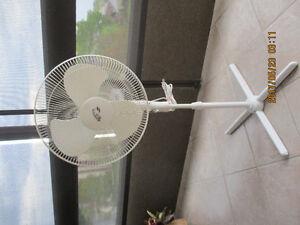 Hampton Bay 3 Speed White Floor Fan