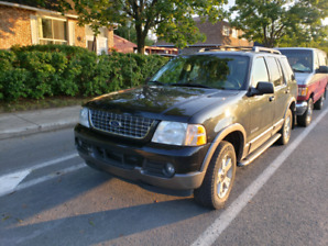 2005 Ford Explorer XLT 4W