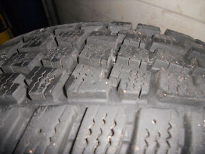 205-75-15 Snow Tires used one season Kitchener / Waterloo Kitchener Area image 1