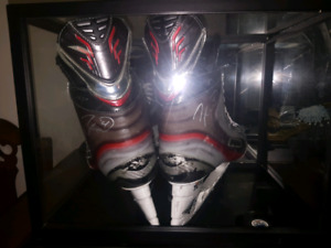 Taylor Hall Oilers Signed hockey skates in case