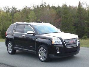 2012 GMC Terrain SLT 2     SUMMER & WINTER tires     SUNROOF