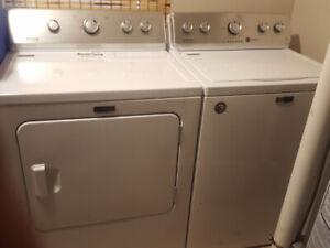 Washer + Dryer 700$