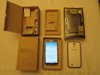 Samsung Galaxy S4 with Otterbox Defender Case