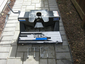 Reese 5th Wheel Hitch