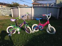Vélo 12 pouces pour jeunes filles