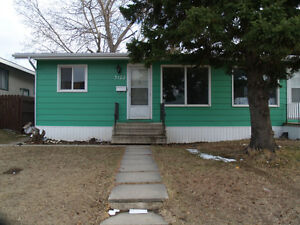 3+1 bedroom whole house in 3122 7th St. E.!!!!!!!!!!!!
