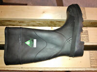 Steel toed rubber boots CSA approved