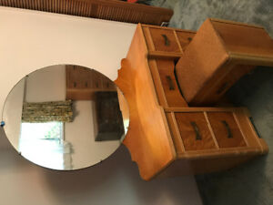 FREE! Vintage vanity with mirror and bench seat.