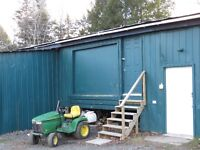 FOR RENT - 1,500 SQ FT DOCK-LEVEL DRY STORAGE WAREHOUSE SPACE