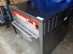 Garland Oven with Stainless Steel Rack