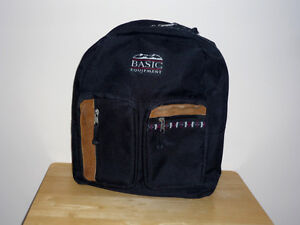 Small Backpack ... suitable for JK / SK or Gr 1 .... Cambridge Kitchener Area image 3
