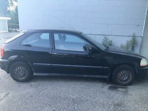 '96 Honda Civic. Fixer upper/parts car