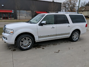 2009 navigator L ultimate safetied including warranty