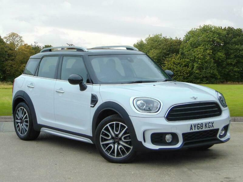 2018 Mini Countryman F60 Mini Cooper D Countryman Diesel White
